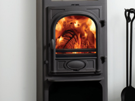 Stockton 6 Highline Multi-Fuel Stove - Multi-fuel (with external riddling) Burns seasoned wood cleanburn airwash flat top maximum heat output - 6kW boiler option top or rear flue outlets choice of colour finishes A handy warming shelf supplied with a 3-tile set for the warming shelf, in a choice of 8 colours Wood store and extra large base plate stove size 1020mm h x 465mm w x 380mm d - Prices from £1,260 inc